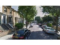 Hackney E8. Spacious & Contemporary 1 Bed Furnished Flat in Period Conversion with Communal Garden