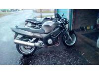 Cbr1100 blackbird streetfighter stylee