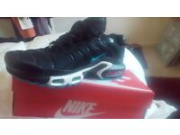 Nike trainers size 8 half