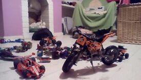 6 Lego models and random lego