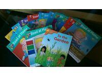 Oxford kids reading books