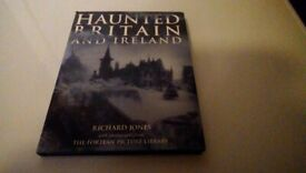 Haunted Britain and Ireland (Hardback)