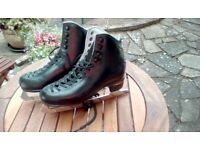 Ice Skates Black RISPORT Leather Figure skates Size 255 (UK 4)