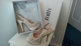 Faith Ivory shoes size 5