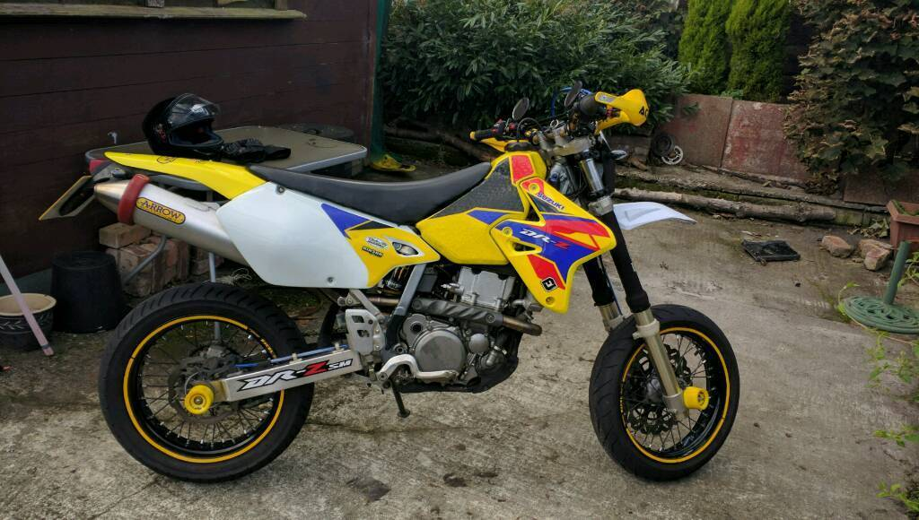 suzuki drz 400 sm e model in manchester gumtree. Black Bedroom Furniture Sets. Home Design Ideas