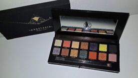 ANASTASIA BEVERLY HILLS Prism ( Limited Holiday Edition) Eye Shadow Palette - Boxed as New -