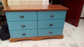 Large solid pine chest of 6 draws