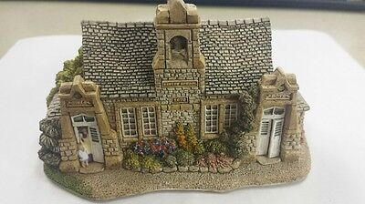 Lilliput Lane Village School English Collection North Handmade in Cumbria 1991