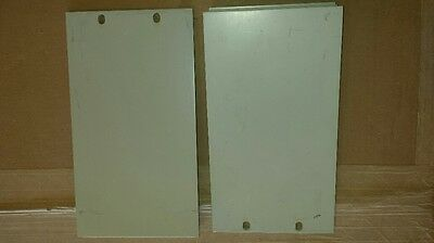 1 Set Agilent Hp 5.2 Half Rack Mounting Ears For Use Without Handles Light Grey