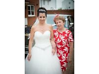 Gorgeous ivory wedding dress size 10/12