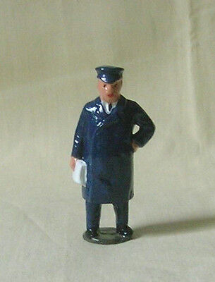 Station Master, model railroad depot or platform figure, Reproduction Johillco