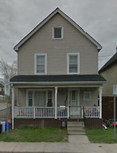2 bedroom apartment for rent Hamilton all included $1100