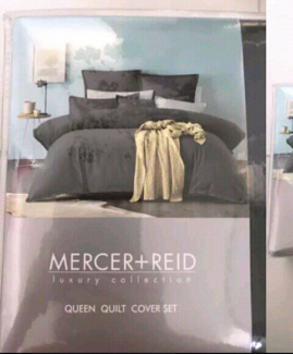 MERCER & REID RIELY CHARCOAL QUEEN QUILT COVER SET RRP $100