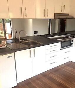 KEIRAVILLE SELF CONTAINED ACCOMODATION Wollongong Wollongong Area Preview