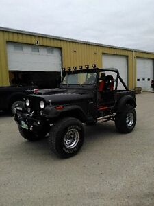 CUSTOM JEEP CJ 7