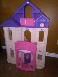 Sweet Doll play house