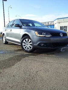 THEE BEST 2014 Volkswagen Jetta Treadline Sedan on Kijiji!