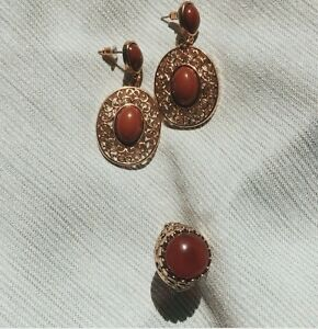 Gold and brown oval earrings and ring jewelry set