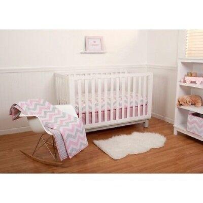 Pinwheel 5 Piece Crib Bedding Set, Safari Girl