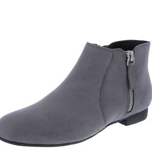 wanted boot like this dark colour prefer black or any !