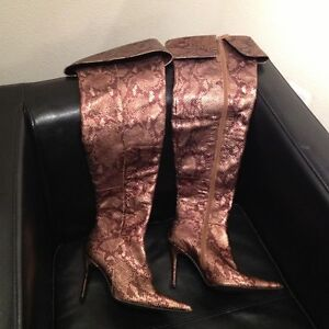 Colin Stuart Snakeskin leather knee-high boots London Ontario image 2