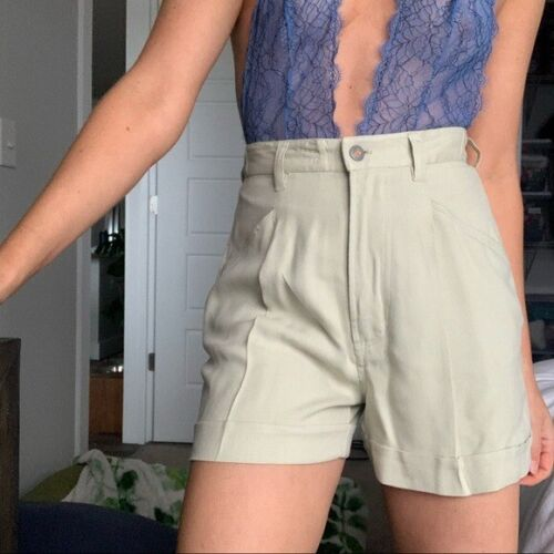 Vintage High-Rise Silk Pleat Front Shorts Size Small
