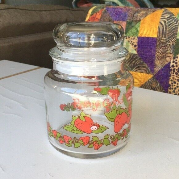 Vintage Strawberry Shortcake glass jar with lid excellent used condition