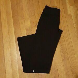Lululemon Size 4 Astro Pants - Like New!