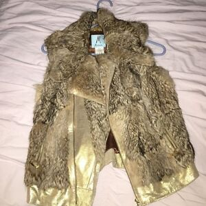 Marciano gold and fur vest London Ontario image 1