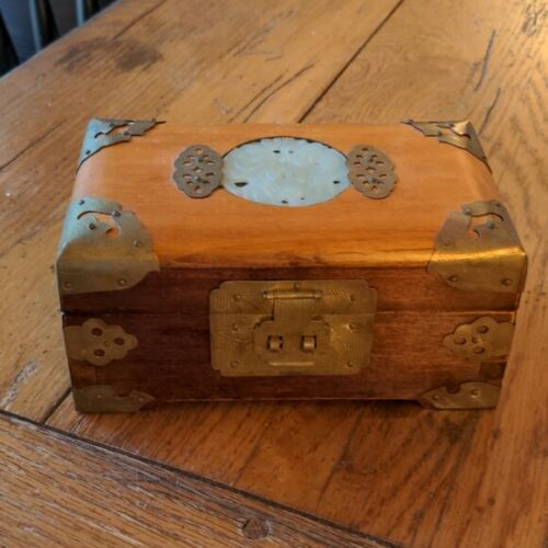 Vintage Musical Trinket Jewelry Box Asian Made in Shanghai China