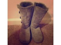 Ugg boots only worn twice size 6