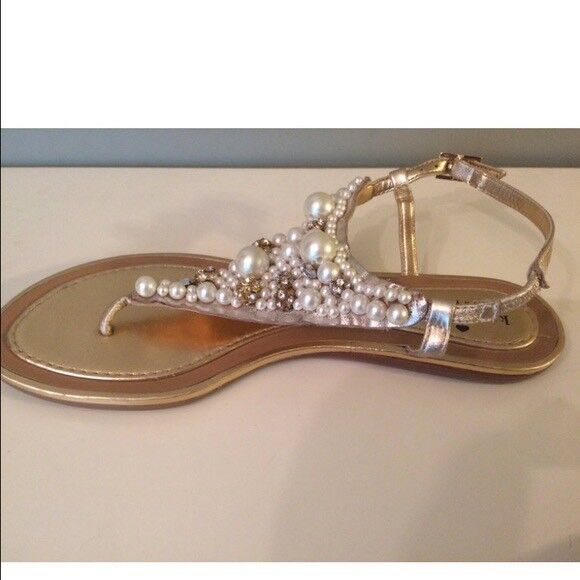 1a101816211 Kate Spade NY Women  39 s Metallic Imani Bead   Crystal Thong Sandals