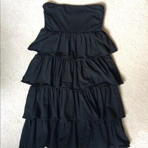 WOMEN'S TOPS AND DRESSES, SIZES SMALL-LARGE
