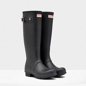 Looking For: Hunter Boots- Size 9 Tall Matte Black