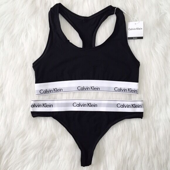 Calvin Klein Underwear Set Crop Top Sports Bra And Thong