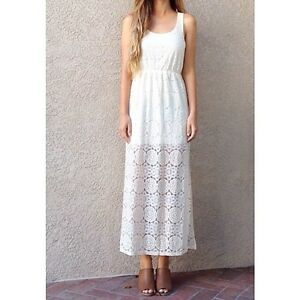 EVERLY White Lace Maxi Dress Regina Regina Area image 3