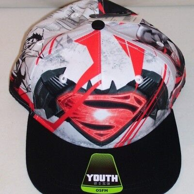 NEW BOY'S BATMAN VS SUPERMAN YOUTH BASEBALL CAP RED WHITE (Red Newsboy Cap)