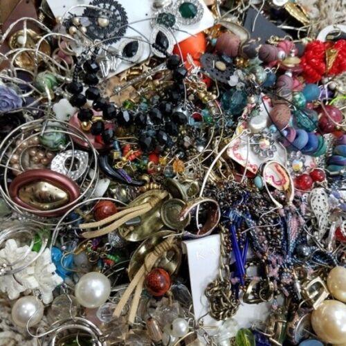 Earring Lot of 20 Pairs Mixed Grab Bag Pierced Clip Hoops Dangle Vintage Modern