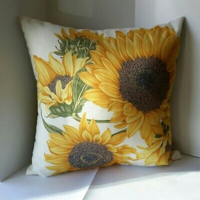NEW Pottery Barn Sunflower outdoor complete Pillow 18x18 Spring fall Botanical