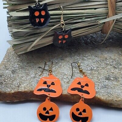 Vtg 2 pairs 90's Halloween Earrings Bats Pumpkins Metal Light Weight Costume