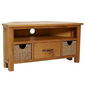 "Sidmouth Oak Corner TV Stand (44"")"