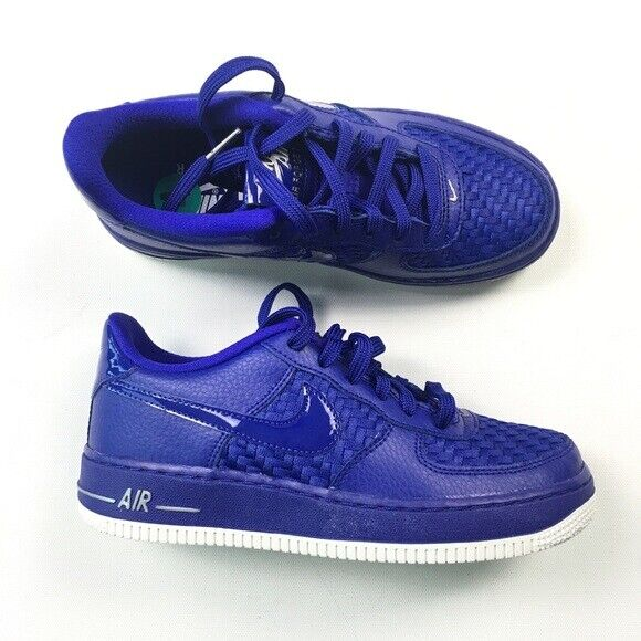 NEW Nike Air Force 1 LV8 Youth Size 7 Shoes Water Resistant
