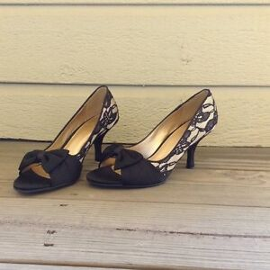 Black & Gold Satin Lace High Heels Pumps