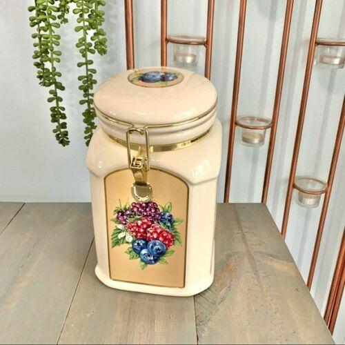 Vintage Knott's Berry Farm Ceramic Cookie Jar Food Storage Container
