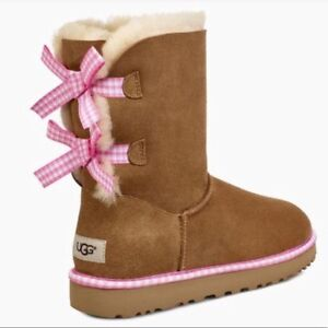 Brand New  AUTHENTIC UGG Classic Chestnut Boots