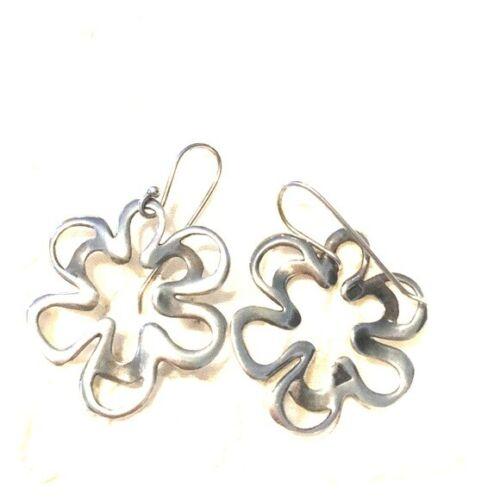 SILPADA sterling silver cut out flower W1337 Earrings