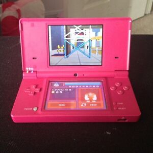 PINK NINTENDO DSI INCLUDES CHARGER AND STYLUS PEN
