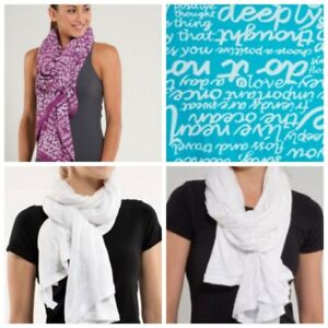 White Lululemon scarf