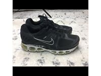 NIKE KIDS AIR MAX TAILWIND 2010 GS YOUTH SIZES GREY//PINK NEW IN BOX 454503 003