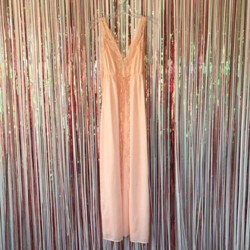 Vintage 1970s nylon sherbet orange Chic Lingerie lace nightgown Chemise Slip - M